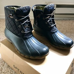 Women's Sperry Boots (BRAND NEW, never worn)